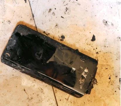 Xiaomi Mi5 совершил акт самосожжения – фото 2
