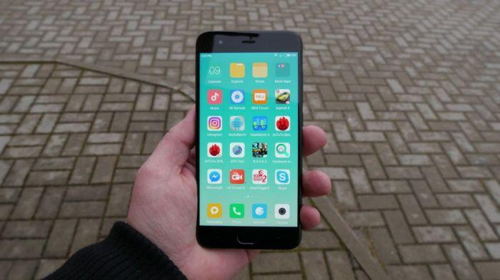 Xiaomi Mi6 со сканером отпечатков пальцев, встроенным в дисплей показали на видео – фото 1