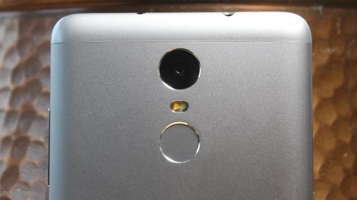 Xiaomi Redmi Note 3 стал лидером онлайн-продаж на рынке смартфонов в Индии – фото 2