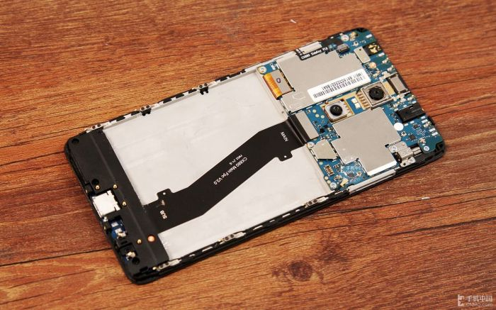 Xiaomi Redmi Pro подвергся разборке – фото 5