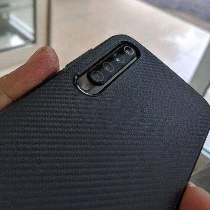 Xiaomi Mi 9 с четырьмя камерами на фото – фото 1