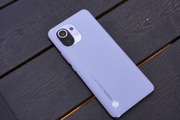 Низкие цены на Xiaomi Mi 11, Android TV-box Vontar и наушники QCY – фото 1