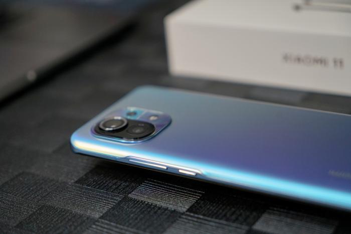 Все о Xiaomi Mi 11 в видео от Andro News! Полный обзор – фото 1