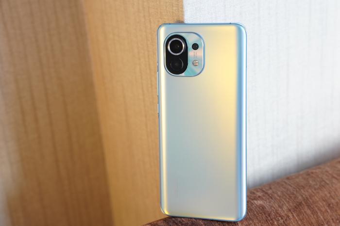 Xiaomi Mi 12 получит самую быструю память на рынке – фото 1