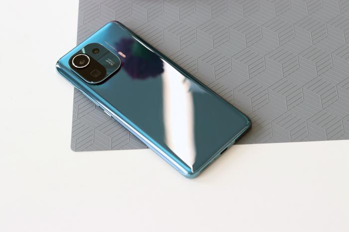 Представлены Xiaomi Mi 11 Pro и Xiaomi Mi 11 Ultra: лучшая камера от Samsung, защита IP68 и звук Harman Kardon – фото 2