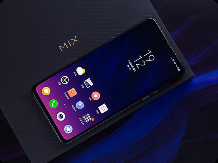 Xiaomi Mi Mix 4 не в этом году – фото 1