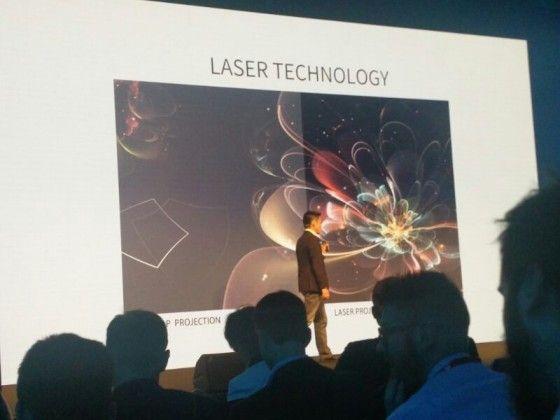 ZTE Spro Plus – 8,4-дюймовый планшет с аккумулятором на 12100 мАч и встроенным лазерным проектором – фото 4