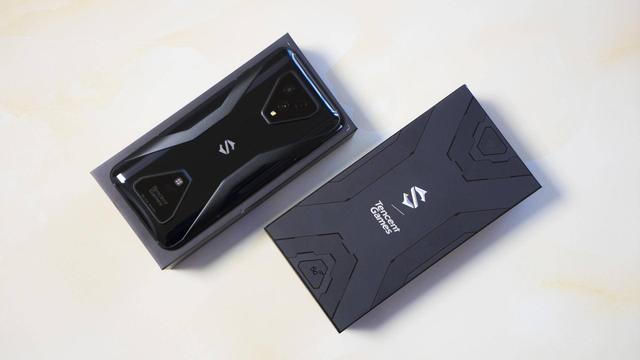 Анонс Black Shark 3 и Black Shark 3 Pro: Xiaomi переосмыслила каким должен быть игровой смартфон – фото 1