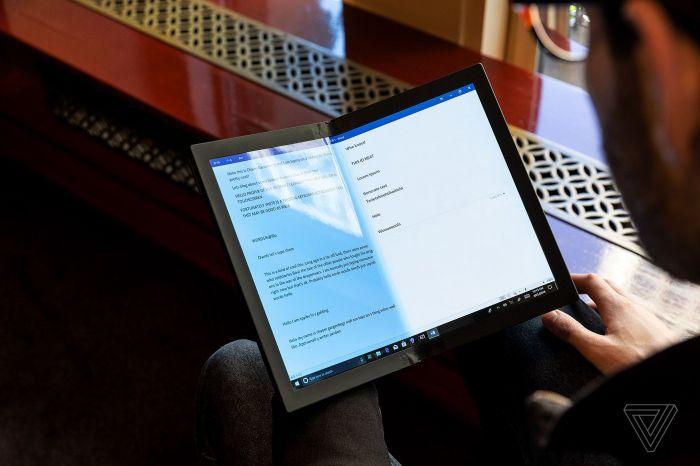 Lenovo представила первый в мире ноутбук с гибким экраном – фото 1