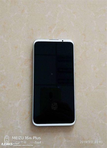 Meizu 16S на новых «живых» снимках – фото 1