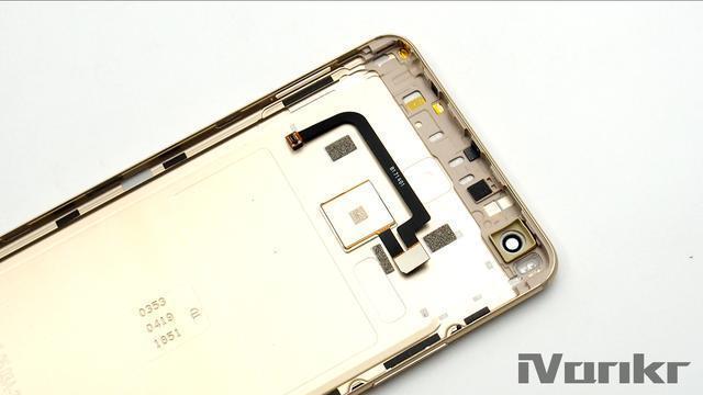 Xiaomi Mi Max 2 разобрали на части – фото 19