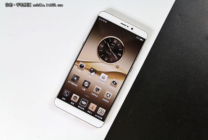 360 Mobile представила смартфоны Q5 на чипе Snapdragon 652 и Q5 Plus на Snapdragon 820 – фото 3