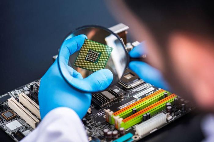 Дефицит чипов может спровоцировать наплыв контрафакта – фото 1