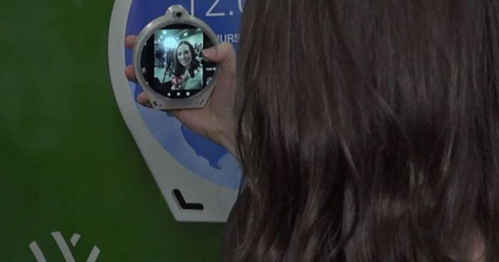 На CES 2020 показали диковинный смартфон в новом форм-факторе – фото 3