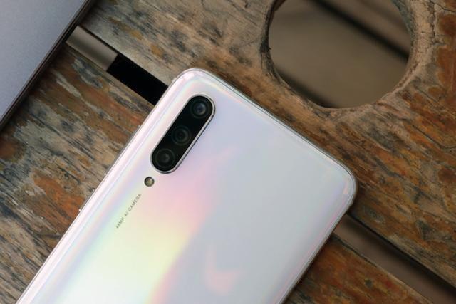 Анонс Xiaomi CC9 и Xiaomi CC9e: приличная производительность, мощная батарея и 32 Мп фронталка – фото 6