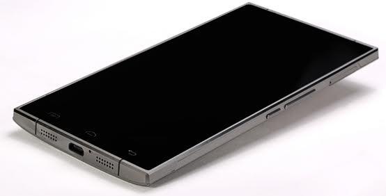 doogee_f5_metallicheskiy_smartfon_1