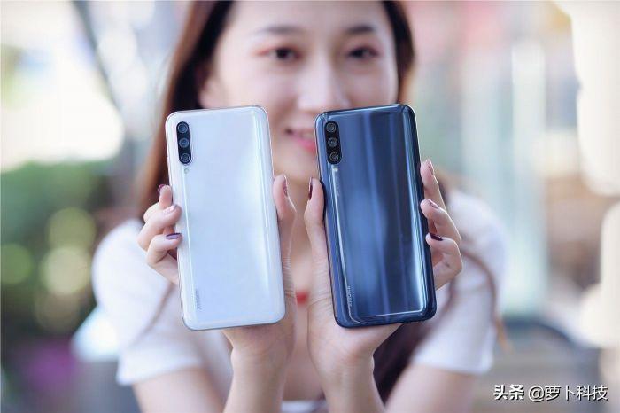Анонс Xiaomi CC9 и Xiaomi CC9e: приличная производительность, мощная батарея и 32 Мп фронталка – фото 3