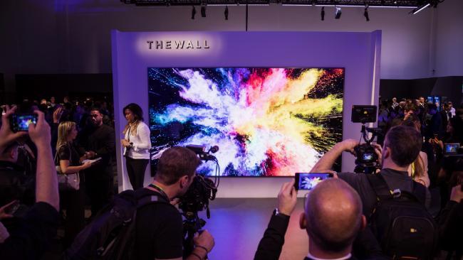 Модульный телевизор-стена на 146 дюймов на выставке CES 2018 – фото 2