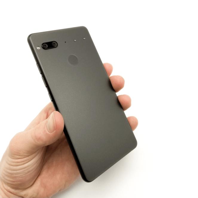 Изображения не анонсированных смартфонов Essential Phone 2 и Phone 3 – фото 2