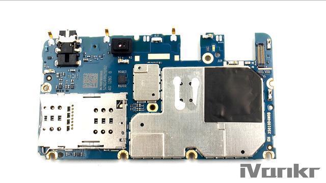 Xiaomi Mi Max 2 разобрали на части – фото 11