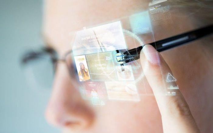 Президент Qualcomm: будущее за умными очками и в битве за инновационность они победят – фото 1