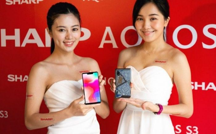 Sharp представила Aquos S3 High Edition: Snapdragon 660, беспроводная зарядка и вдвое больше памяти – фото 1