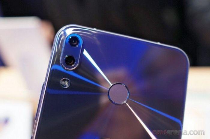 DxOMark: ASUS ZenFone 5 лучший камерофон среднего класса – фото 1