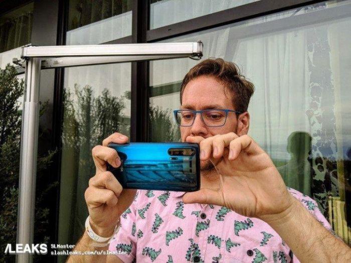 Синий Honor 20 Pro позирует на «живых» снимках – фото 5