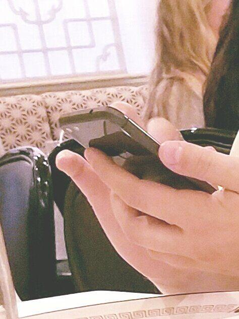 Флагманский HTC Nexus-смартфон дал о себе знать на шпионском фото – фото 1