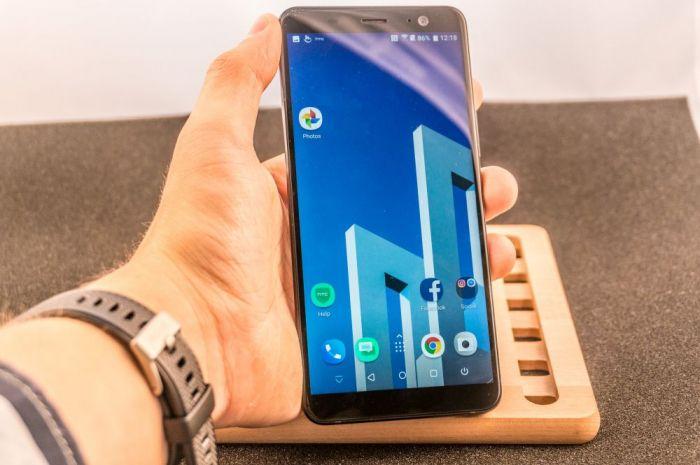 Анонс HTC U11+: полноэкранный флагман с емким аккумулятором и определением силы сжатия – фото 2