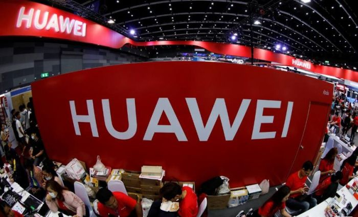 Foxconn не прекращал производство смартфонов Huawei – фото 1