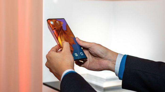 Анонс Huawei Mate X: гибкий экран, 5G и ультрабыстрая зарядка – фото 4