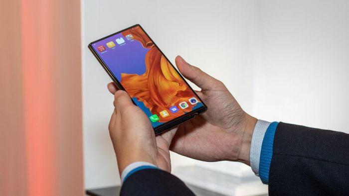 Анонс Huawei Mate X: гибкий экран, 5G и ультрабыстрая зарядка – фото 3