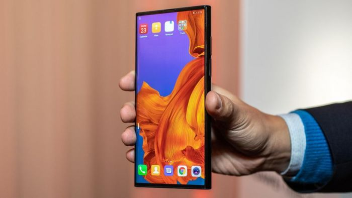 Анонс Huawei Mate X: гибкий экран, 5G и ультрабыстрая зарядка – фото 6