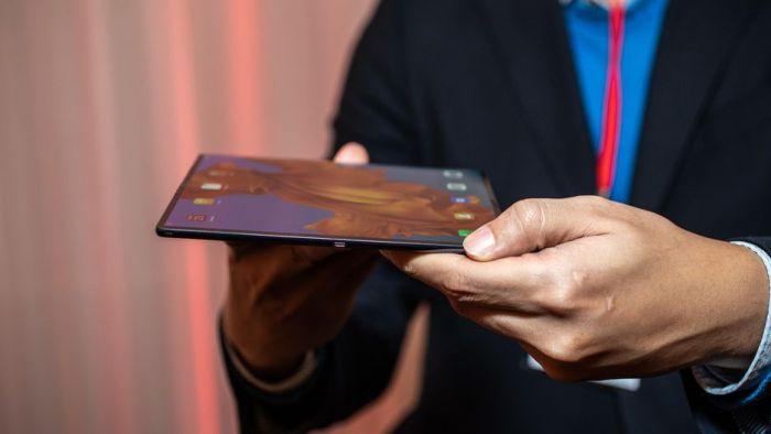 Анонс Huawei Mate X: гибкий экран, 5G и ультрабыстрая зарядка – фото 5