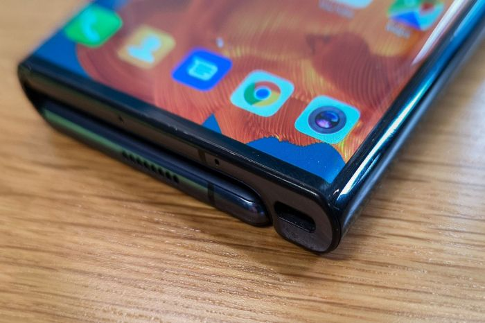 Huawei отложила выход Mate X на рынок и назвала время, когда его ждать – фото 3