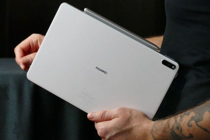Мировая премьера Huawei MediaPad Pro: мощный планшет с обратной зарядкой, но без сервисов Google