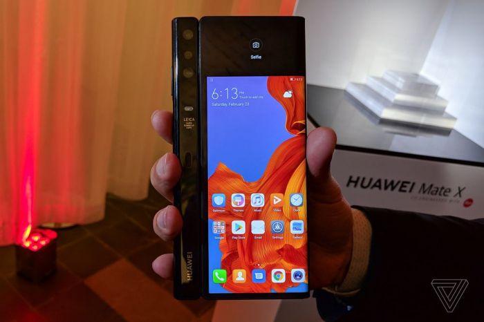 Анонс Huawei Mate X: гибкий экран, 5G и ультрабыстрая зарядка – фото 10