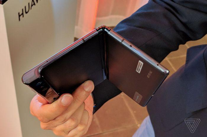 Анонс Huawei Mate X: гибкий экран, 5G и ультрабыстрая зарядка – фото 14