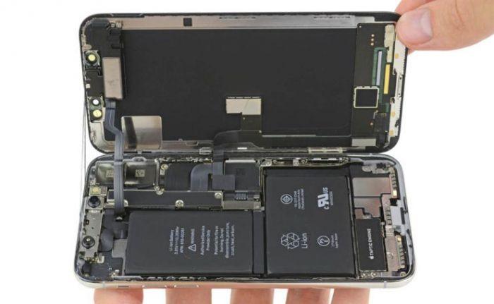 Появились жалобы на износ батареи iPhone X
