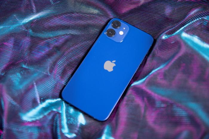 Время работы iPhone 12 mini, iPhone 12 и 12 Pro Max. Сравнение с iPhone SE 2020, 11 и 11 Pro Max – фото 1