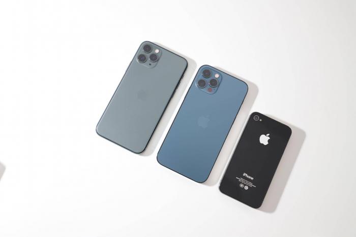 «Убийство» iPhone mini, 48 Мп камера в iPhone 14 и подэкранная камера в iPhone 15 – фото 1