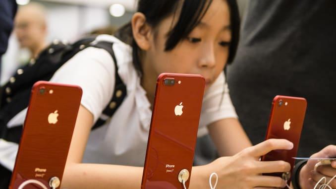 У Apple, наконец, появился повод для радости: продажи iPhone в Китае начали расти – фото 2