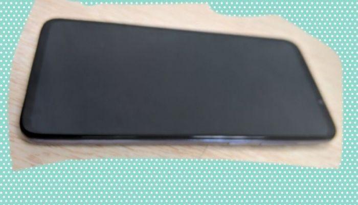 Игровой смартфон Meizu 16T впервые попал в объектив камеры – фото 2
