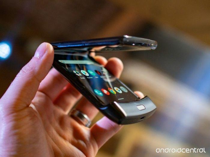 Еще один аргумент в пользу отказа от покупки Motorola Razr – фото 1