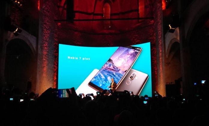 MWC 2018 итоги презентации HMD Global: флагман с водозащитой Nokia 8 Sirocco, ностальгия по Nokia 8110 и другие новинки – фото 6