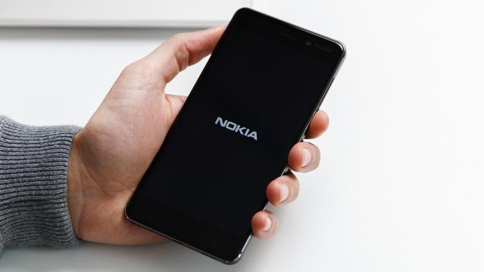 Nokia 6 распаковка: сенсация не случилась – фото 1