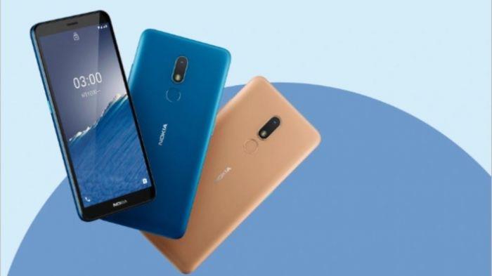 Nokia C3 в двух вариантах
