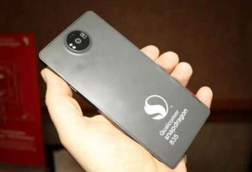 Флагманский Nokia с процессором Snapdragon 835 показался в коллекции рендеров – фото 1