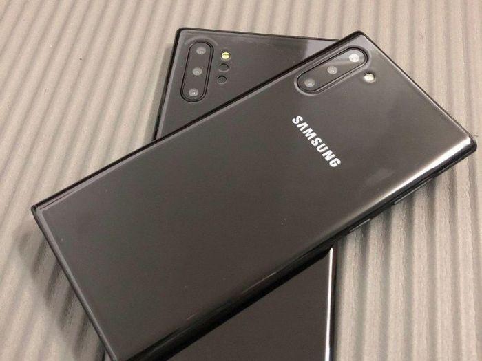 сравнили размеры и дизайн Samsung Galaxy Note 10 и Galaxy Note 10+